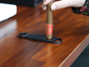 la casa del tabaco corte cigarro puro 04